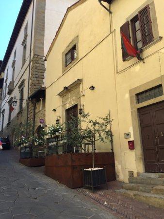 La terrazza del ristorante - Picture of Ristorante La Pieve, Arezzo ...
