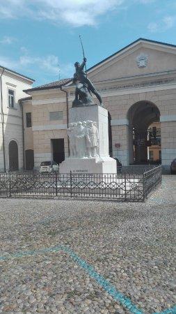 Monumento ai Caduti di Crema nella Grande Guerra