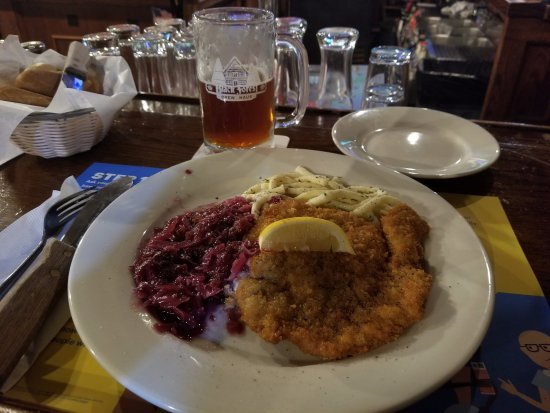 Black Forest Brew Haus: Wiener Schnitzel, spaetzle and red cabbage