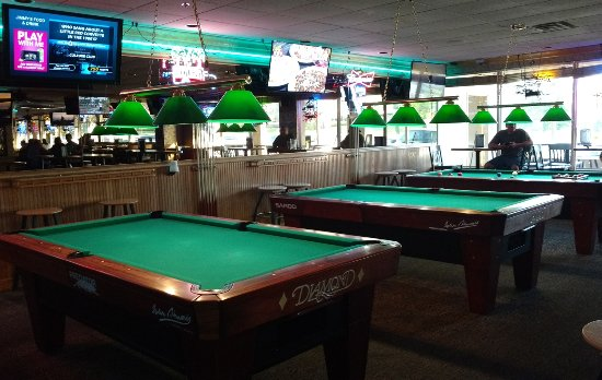 Vadnais Heights, MN: Pool and Darts