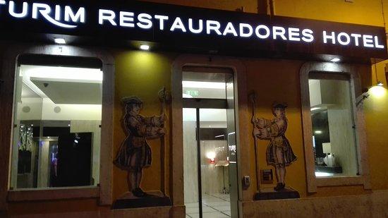 Turim Restauradores Hotel: IMG_20170904_223127_large.jpg