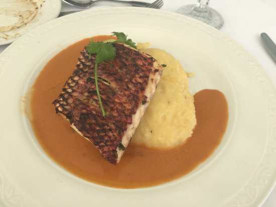 Champers Restaurant: photo2.jpg