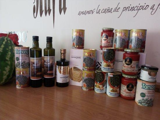 Alcaudete, Spain: Productos de nuestra tierra en casa rafa