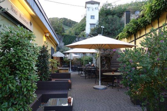 Terrasse der Hotel Krone in Achkarren