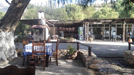 Sfinari, Grecia: IMG_20170915_162711_large.jpg