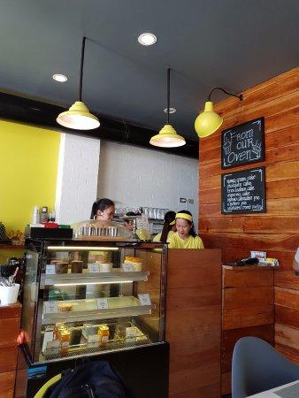 Sunny Side Cafe Boracay Review