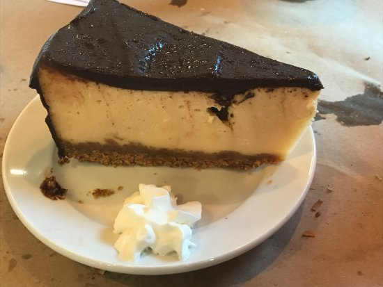 Delaware City, DE: irish creme cheesecake