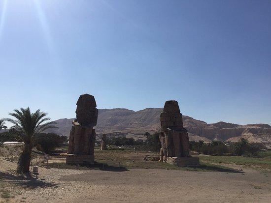 Colossi of Memnon: photo1.jpg