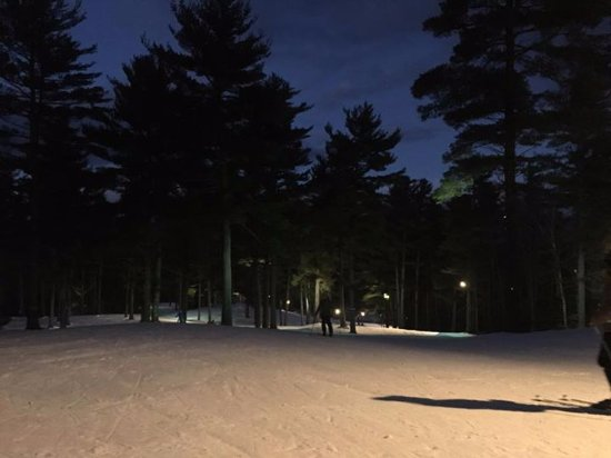 Auburn, ME: We have Night Skiing!