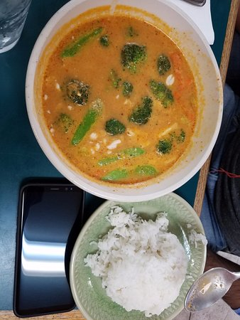 Polson, MT: red curry