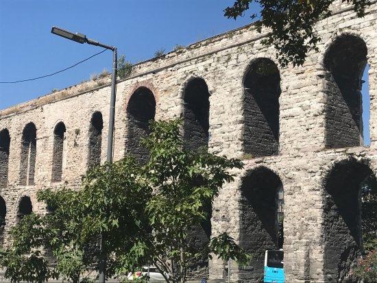 Valens Aqueduct - Photo de Valens Aqueduct (Bozdogan ...