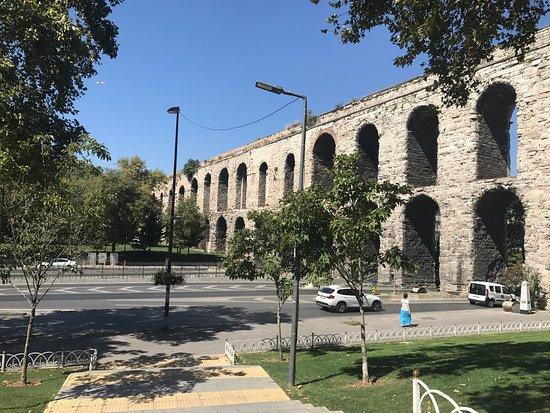 Valens Aqueduct (Bozdogan Kemeri) (Κωνσταντινούπολη ...