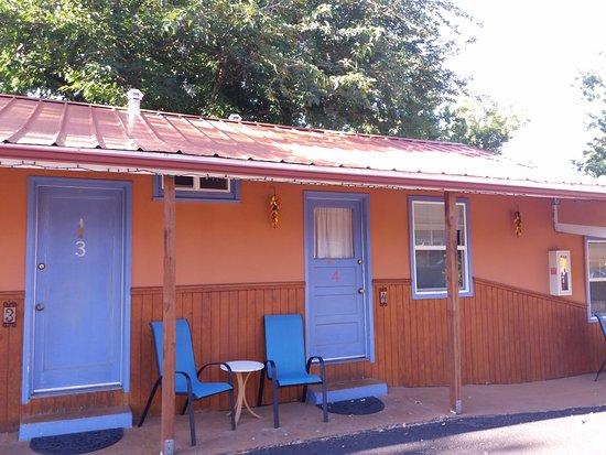 Kokopelli Lodgings: les chambres de l'exterieur