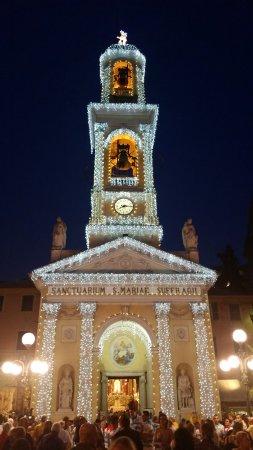 Recco, Italy: Il Santuario illuminato in onore di Nostra Signora del Suffragio - la processione nel giorno del