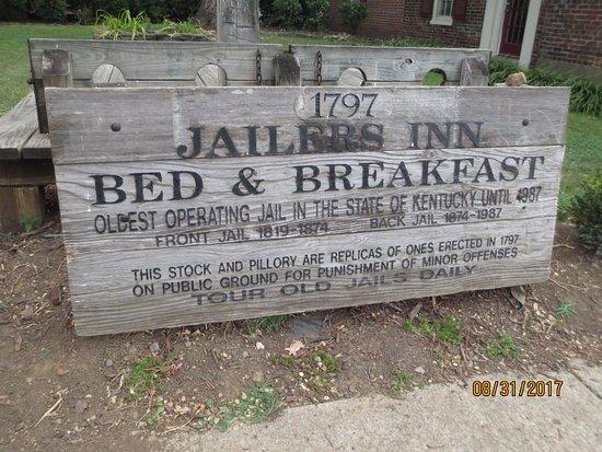 Jailer's Inn Bed and Breakfast : Jailers Inn sign