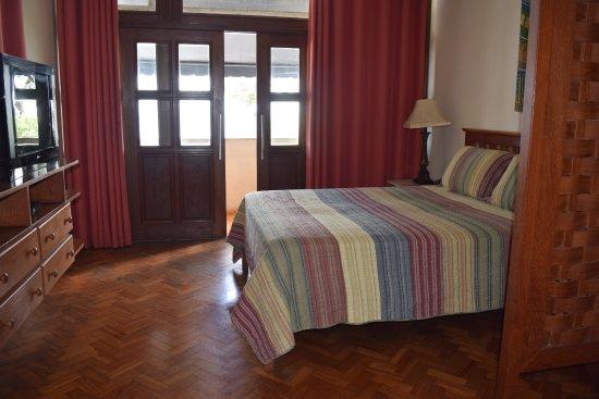 Village Novo: Queen Bed - Beach Front Suite