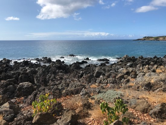 Hawaii, HI: Coastal view