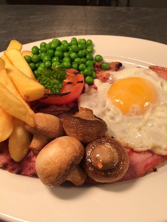 Sennybridge, UK: Gammon & Egg