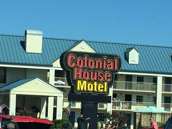 Colonial house motel updated 2017 reviews pigeon forge for Pigeon forge motor lodge pigeon forge tn