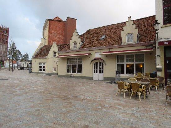 Hotel 't Zand: Hotel and restaurant
