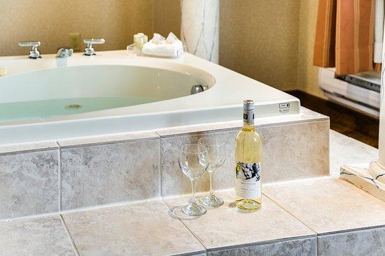 Interior - Picture of Monte Carlo Inn Toronto West Suites, Mississauga - Tripadvisor