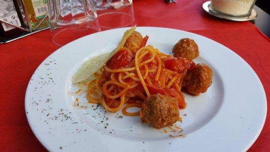 Ristorante satiricus ristorante pizzeria in roma con cucina italiana - Pizzeria con giardino roma ...