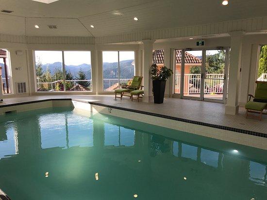 Villa Eyrie Resort Image