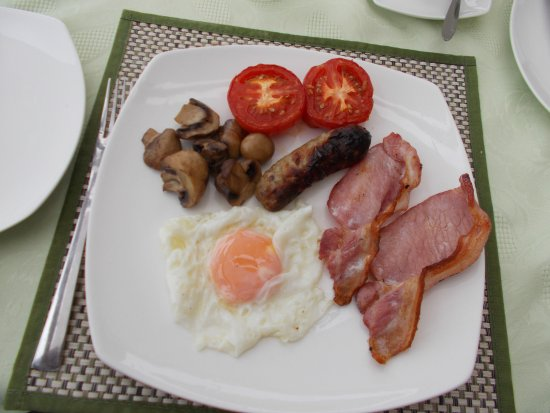 Carnmenellis, UK: - BREAKFAST