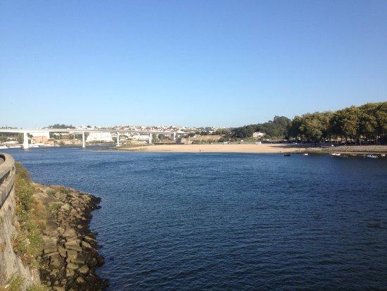 Porto District, Portugal: PONTE MARIA PIA - 1877 - SOBRE O RIO DOURO NA CIDADE DO PORTO EM PORTUGAL