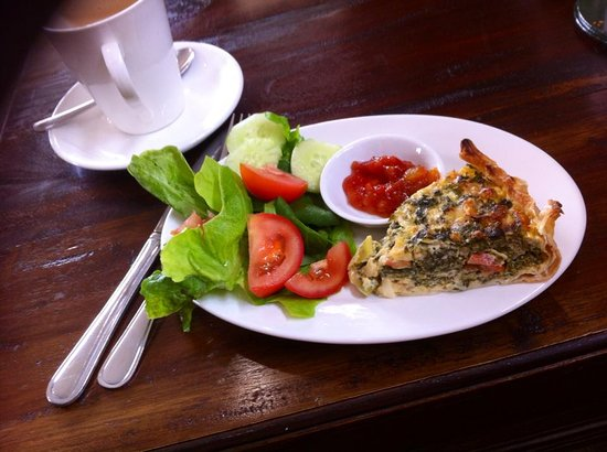 St Marys, Australia: Handmade Quiche and Salad makes for a nice light lunch