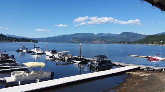 Finz Bar and Grill: Copper Island View