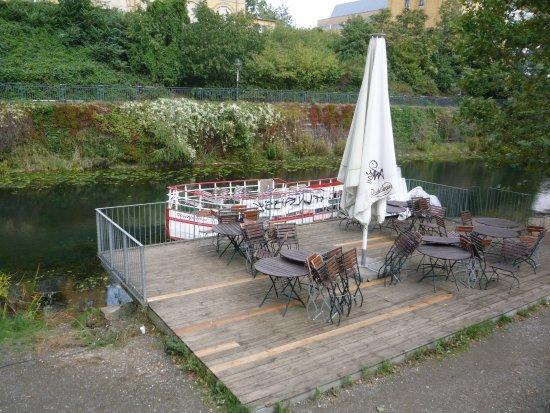 br cke zum clara zetkin park bild von karl heine kanal leipzig tripadvisor. Black Bedroom Furniture Sets. Home Design Ideas