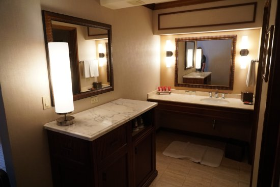 Hyatt Regency Maui Resort and Spa Photo