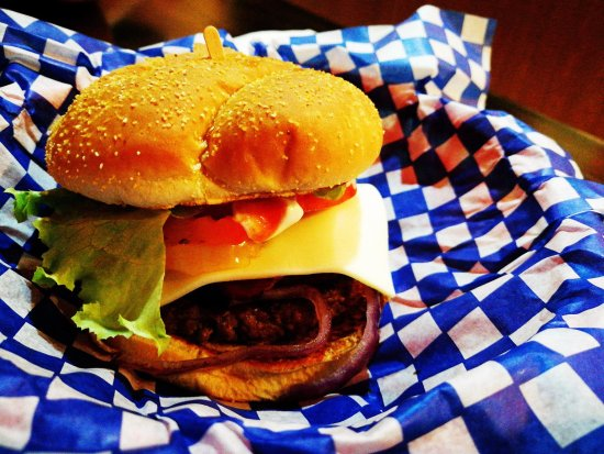 Grand Falls, Canadá: Frank's burger was great!