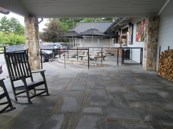 Ellicott City, MD: The main entrance, front patio, and outside dining area.