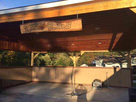 Kingwood, Virgínia Ocidental: Russ's Ribs