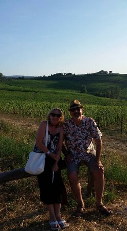 Terricciola, Italie : Outside Podere La Chiesa Winery