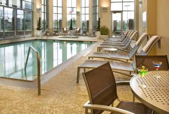 Embassy Suites by Hilton Houston - Energy Corridor : Indoor Pool
