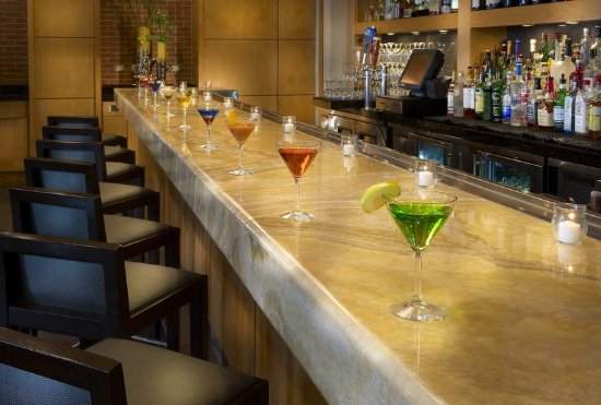 Embassy Suites by Hilton Houston - Energy Corridor: Lobby Bar