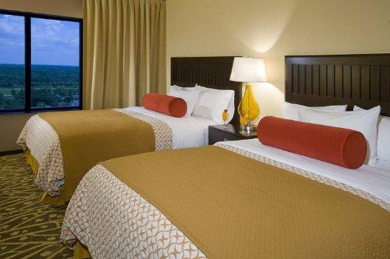 Embassy Suites by Hilton Houston - Energy Corridor: Suite Queen Beds