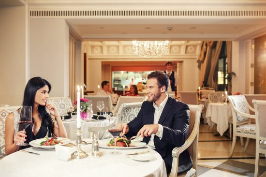 InterContinental Kiev: Fine Dining in Comme Il Faut restaurant