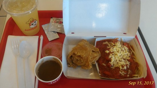 Combo Meal Fried Chicken Wgravy Spaghetti And Drink Picture Of