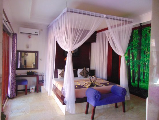 This Was The Bedroom With Nice Decor Picture Of Lavender Villa Spa Kuta Tripadvisor