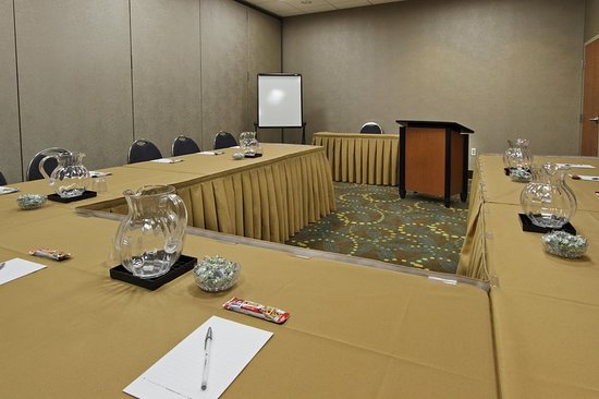 Hagerstown Meetings and Events Room