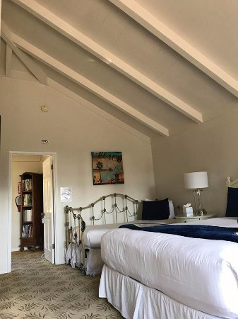 Lamp Lighter Inn & Sunset House Suites: The Sea Lion Room