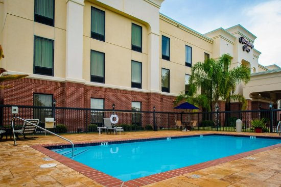 outdoor pool picture of hampton inn victoria victoria. Black Bedroom Furniture Sets. Home Design Ideas