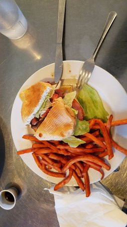 Beaver, UT: Pineapple ham, cheese teriyaki burger and sweet potato fries