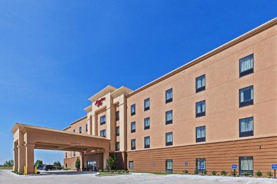 Marion, AR: Hotel Exterior