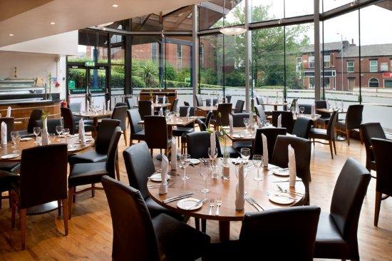 Holiday Inn Bolton Centre: Hardies Restaurant at Holiday Inn Bolton