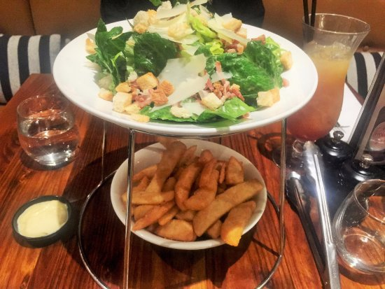 Penrith, Australia: Salad and Chips